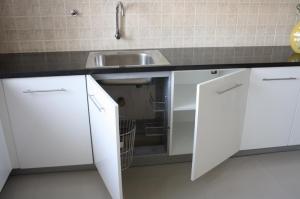 Semi-Modular Kitchen