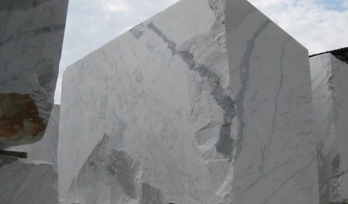 Buying Italian Marble How much to Trust Sample