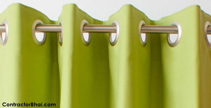 Eyelet heading curtain